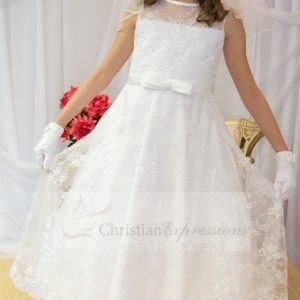 Girls Beaded Satin First Communion Dress with Lace Overlay Size 6