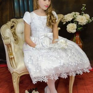 Satin Short Sleeves Girls First Communion Dress with Daisies