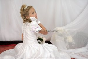 Short Sleeves Satin First Communion Dress with Heavy Beading
