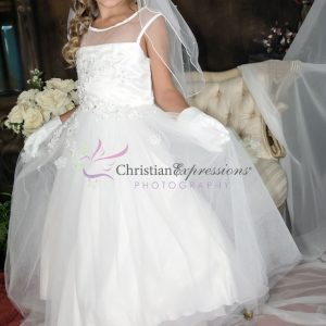 White Holy Communion Dresses with Tulle and Sequined Appliques Sleeveless Sheer Neckline
