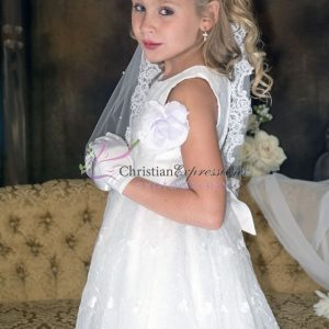 Designer Quality Sleeveless Embroidered Lace First Communion Dress size 4