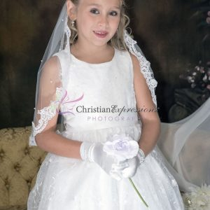 Designer Quality Sleeveless Embroidered Lace First Communion Dress size 7