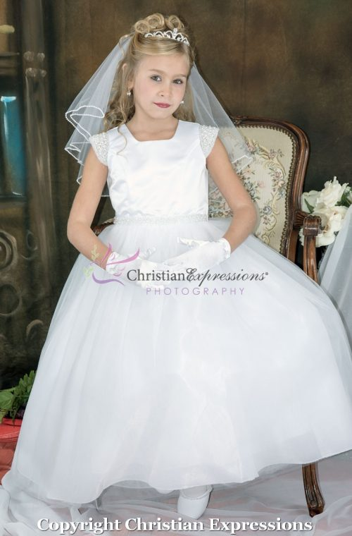 First Communion Dress pearl cap sleeves size 6