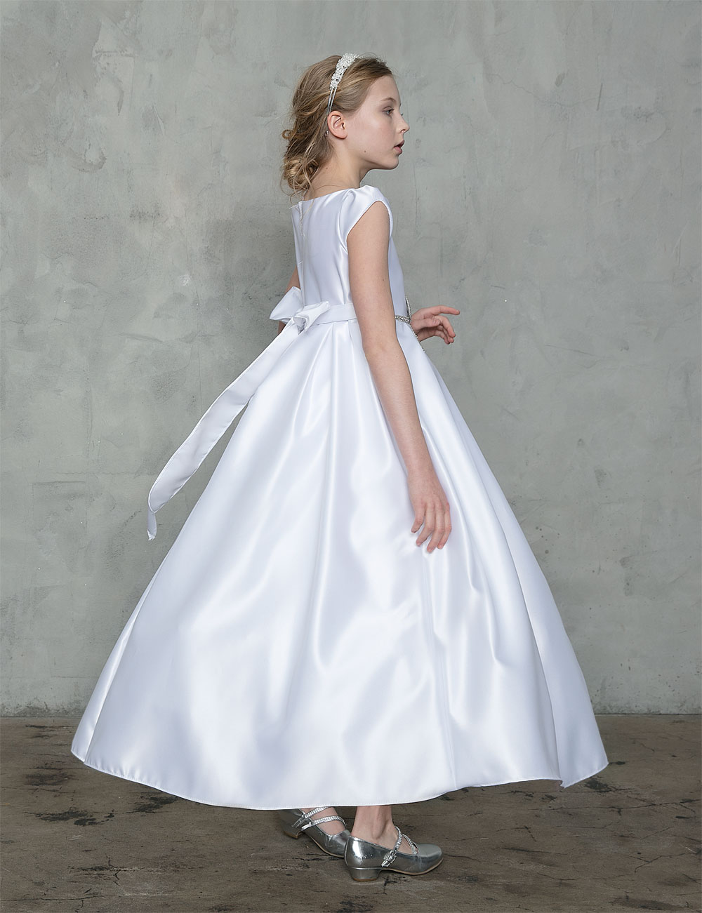 buy satin first holy communion gowns  long length girls