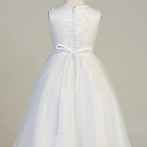 New Style Embroidered First Communion Dress with Flower Neckline
